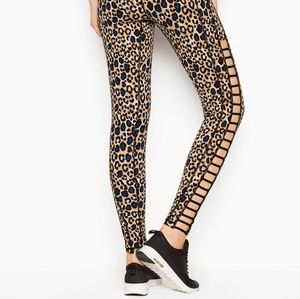 🍒NWT🍒 VSX TOTAL KNOCKOUT TIGHTS XS